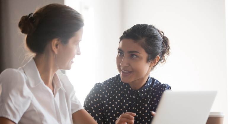 two women talking, Salome