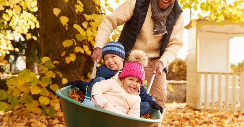 10 Outdoor Fall Activities to Make Lasting Family Memories