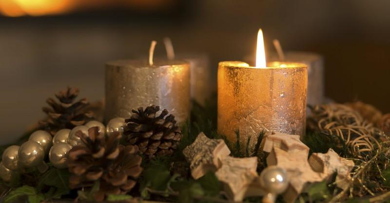 25 Family Prayers to Pray Each Day of Advent
