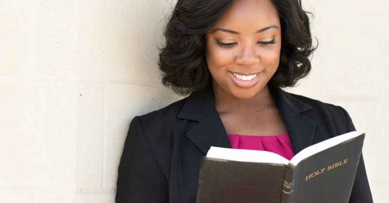 jeremiah 29 11 meaning - i know the plans i have for you woman reading bible
