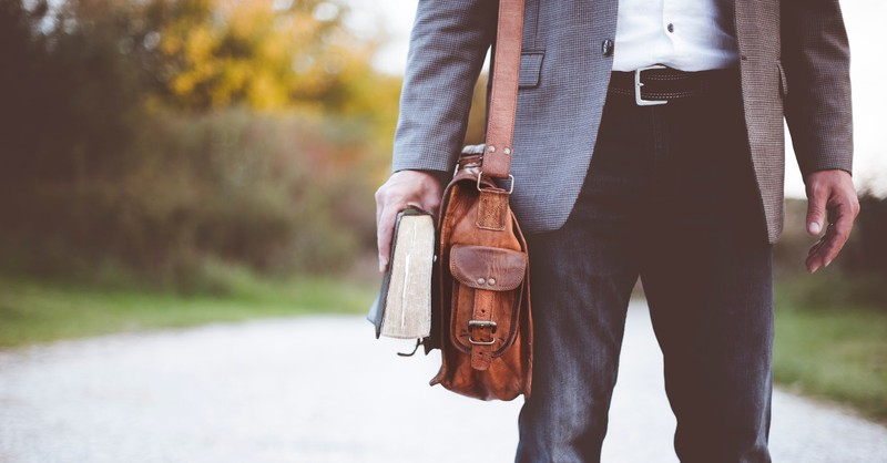63 Percent of Pastors 'Frequently' Feel Overwhelmed, Lifeway Poll Shows