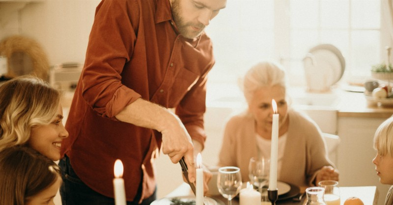 8 Rich Gifts of Family Gatherings
