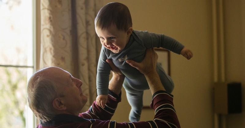 10 Practical Ways Grandparents Can Bless New Parents