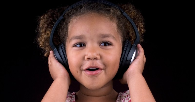 3 Pros and Cons of Letting Your Family Listen to Secular Music