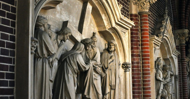 What Are the Stations of the Cross and What Can We Learn from Them?