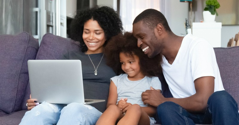 How to Make a Family Schedule That Helps You Thrive