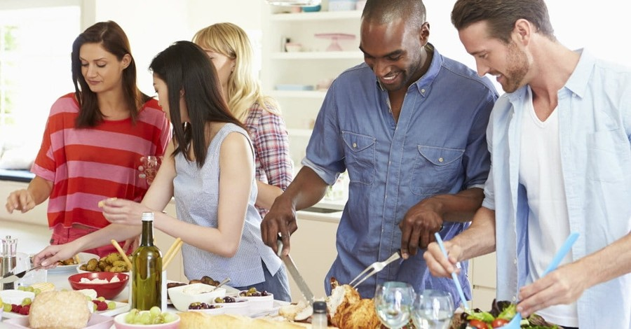 Why Hospitality and Entertaining are Not the Same Thing
