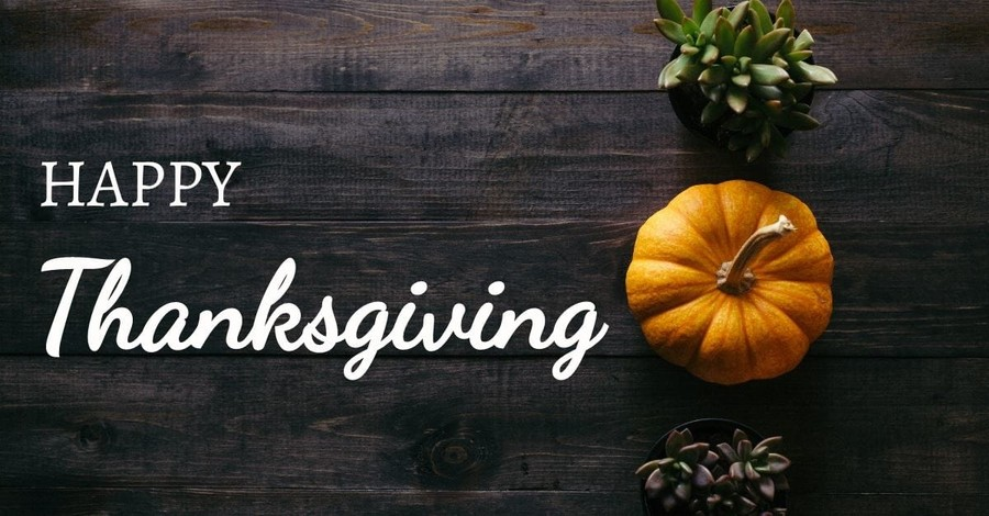 9 Ways to Have a Happy Thanksgiving with Your Family