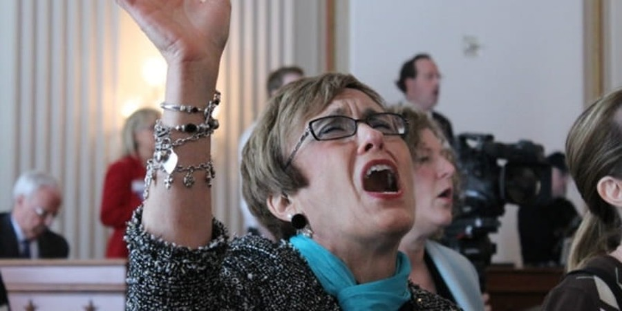 Southern Baptists to Open Their Ranks to Missionaries Who Speak in Tongues