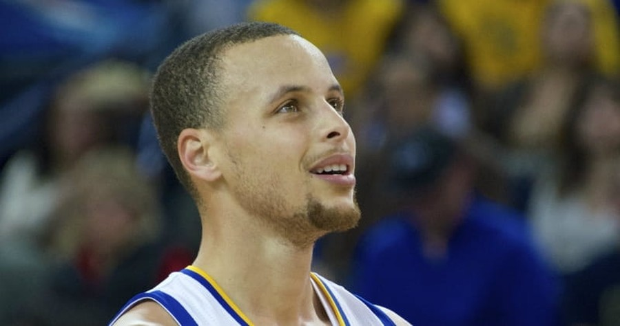 Christian NBA Player Steph Curry Prays with Grieving Boy Who Lost His Father