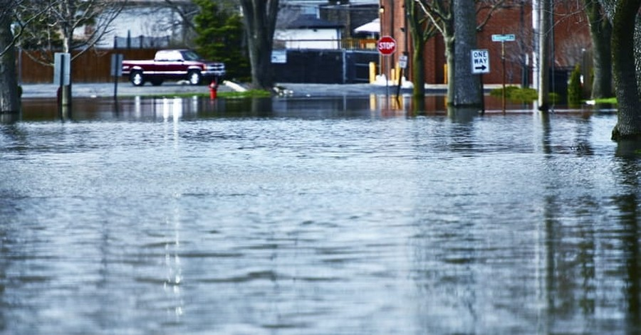 South Central United States Slammed with Tornadoes, Floods