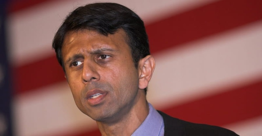Bobby Jindal Screens Undercover Planned Parenthood Videos for Pro-Choice Protesters
