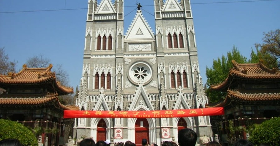 China: Christian Children Forbidden from Attending Church
