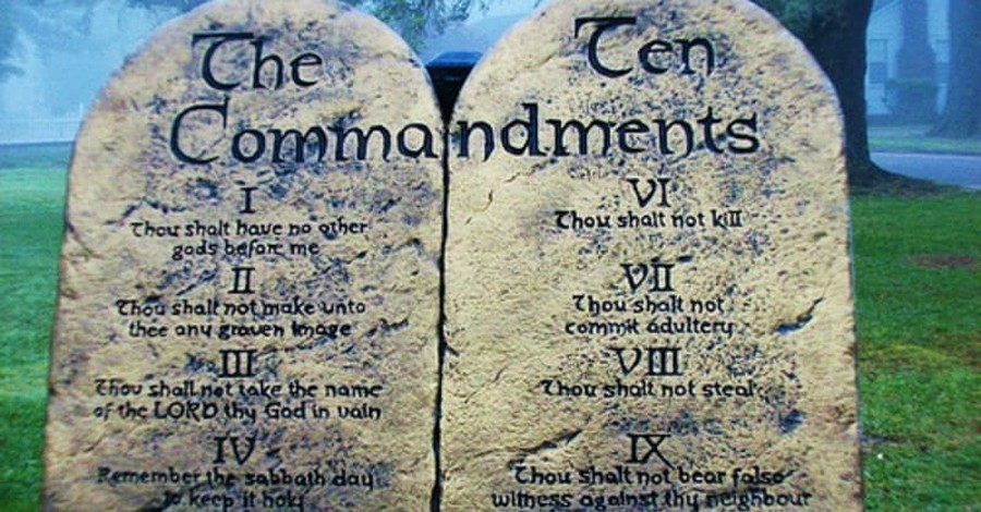 Oklahomans to Vote on Whether to Return Ten Commandments Monument to State Capitol