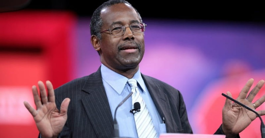 Ben Carson's Pyramid Theory Ridiculed by Experts