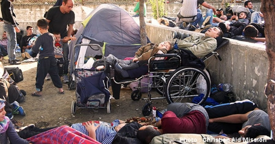 Militants Bring Islamist Brutality to Refugee Camps