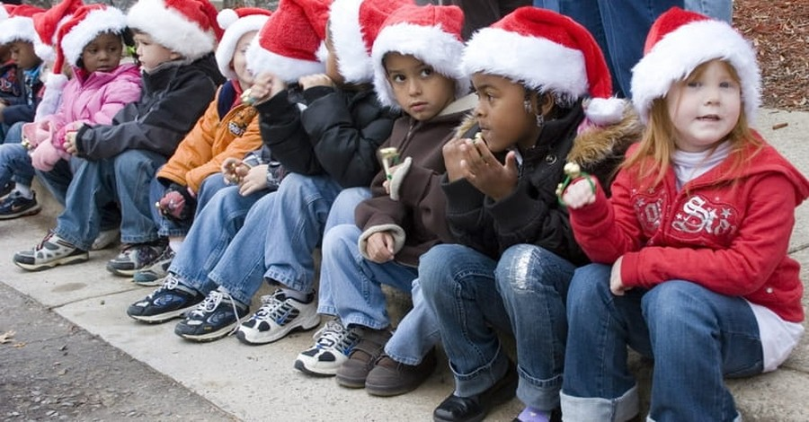Study Finds 3 in 4 Americans Believe Christmas Should be Celebrated in Public Schools