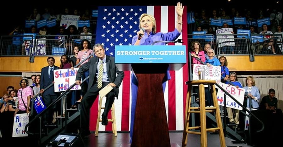 Why Do Evangelicals Hate Hillary So Much?