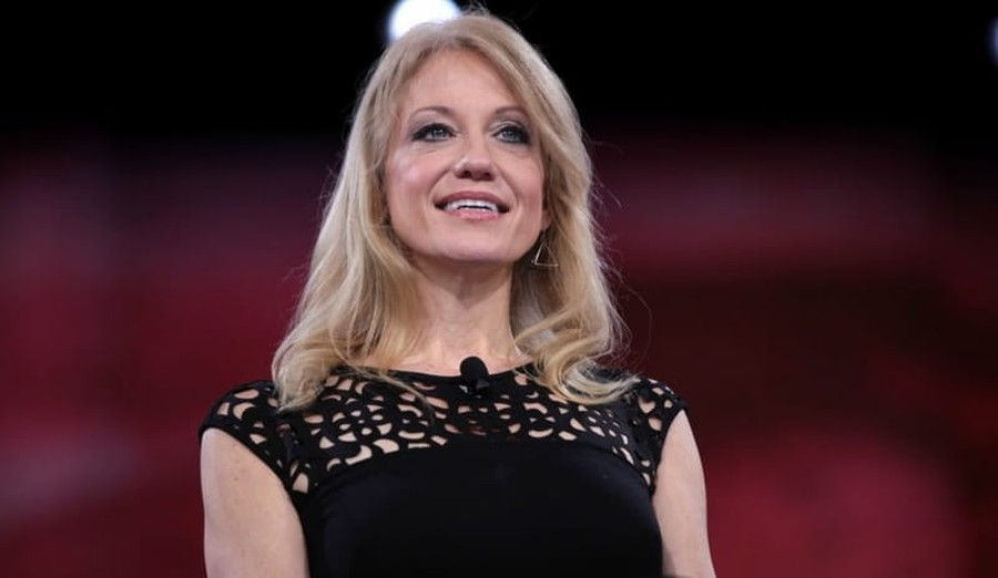 Trump Campaign Manager Kellyanne Conway Takes on Role of Peacemaker