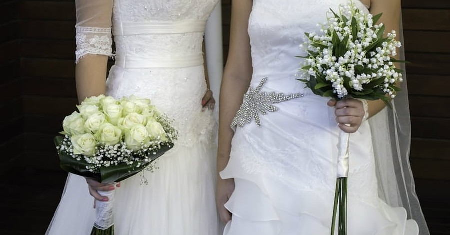 Owners of Christian Bridal Shop Close Doors after Receiving Death Threats
