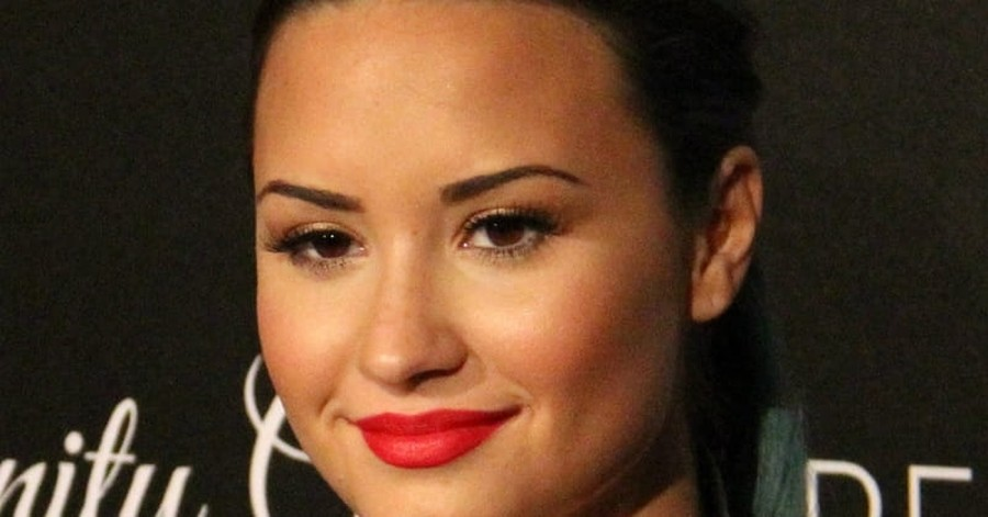 Demi Lovato on Being Drug and Alcohol Free: 'I Couldn't Have Done it Without God'