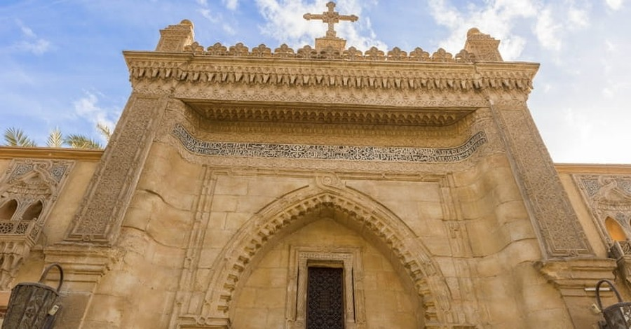 Egypt's Christians Appeal for Help after Churches are Forced to Close