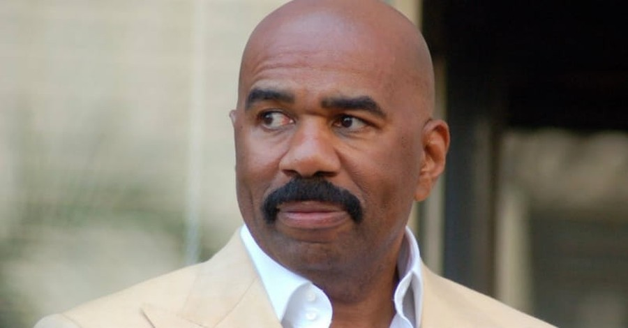 Steve Harvey Gives God the Glory for His Two Emmy Wins