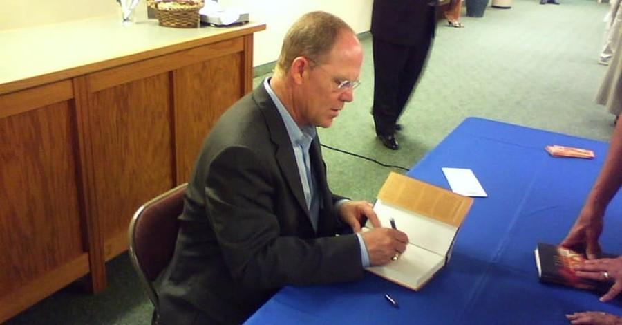 'Bible Answer Man' Hank Hanegraaff Reveals Battle with Cancer