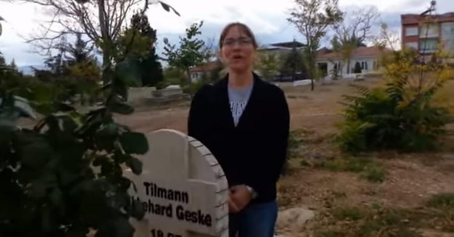 Wife of Slain Missionary Forgives Husband's Persecutors