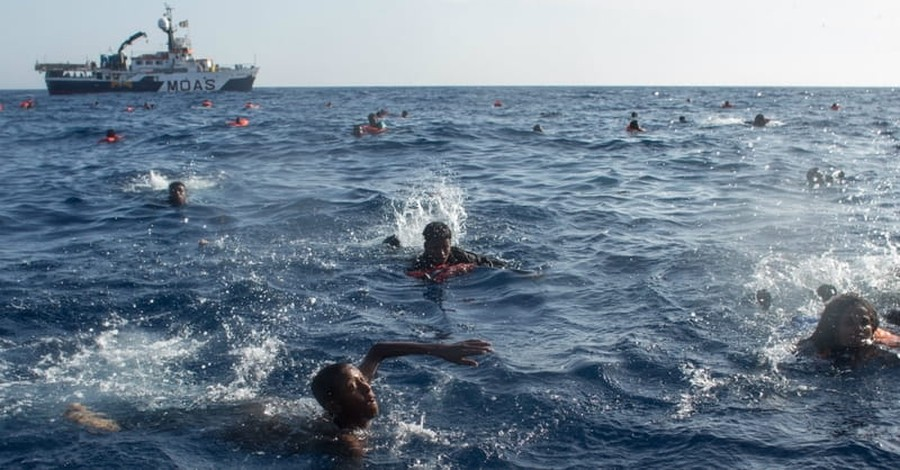 34 Casualties Reported after Refugee Boat Capsizes in Mediterranean