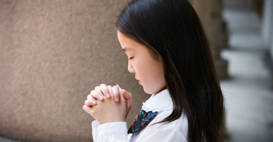 Student-Led Prayer Will Continue before School Board Meetings in Texas