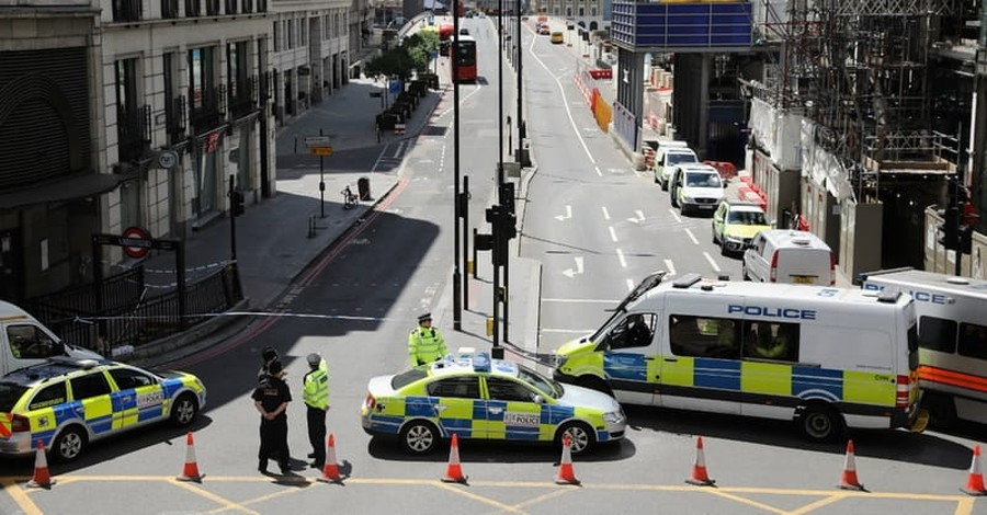 Police Release 12 Suspects Apprehended after London Terror Attack