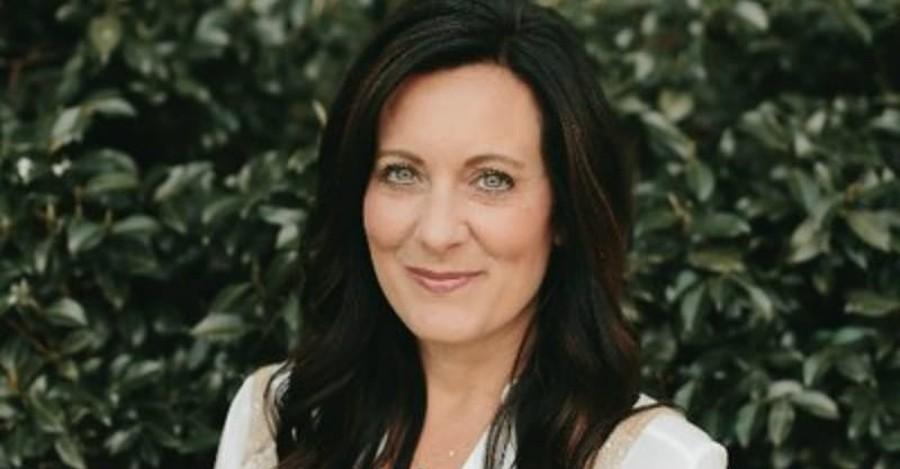 Lysa TerKeurst Shares Heartbreaking News: Marriage of 25 Years Ending in Divorce