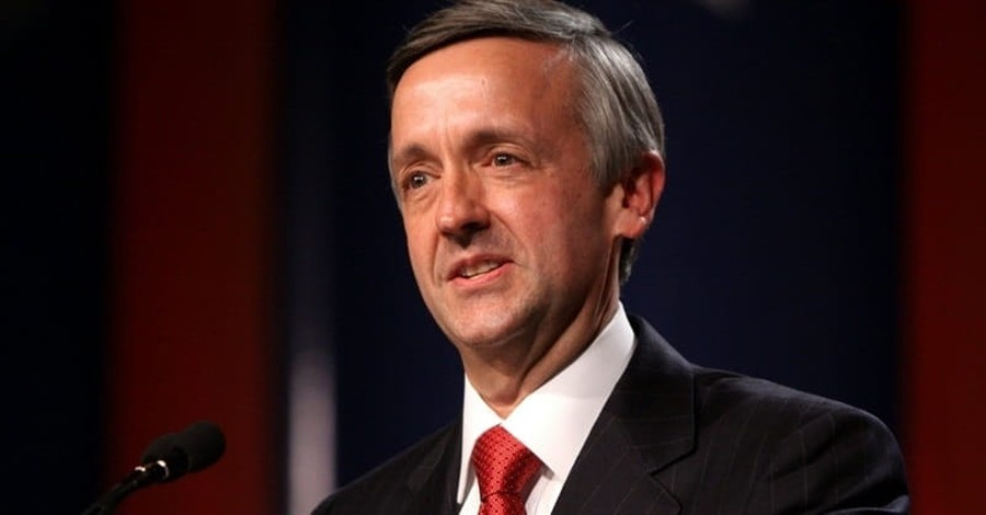 Pastor Robert Jeffress: 'God Has Given Trump Authority to Take out Kim Jong-Un'