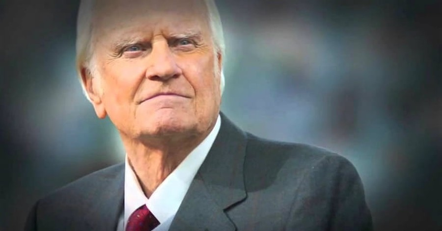 5 Billy Graham Quotes about the Person and Activity of the Holy Spirit