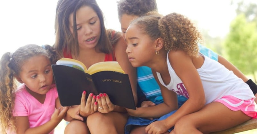 Study: Kids Who Read the Bible More Likely to Practice Faith as Adults