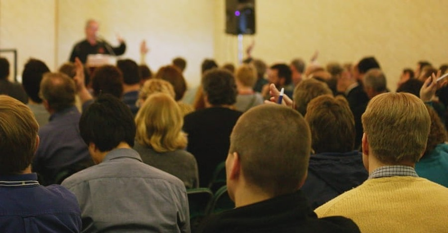 Survey: Protestant Church Diversity 'Heading in the Right Direction'