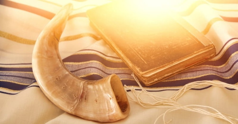Rosh Hashanah and Yom Kippur: We Have a Forgiving Judge