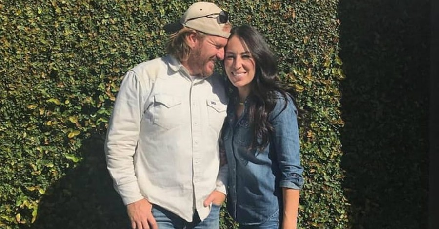 'Fixer Upper' Stars Help Elderly Hurricane Victim Rebuild Her Home
