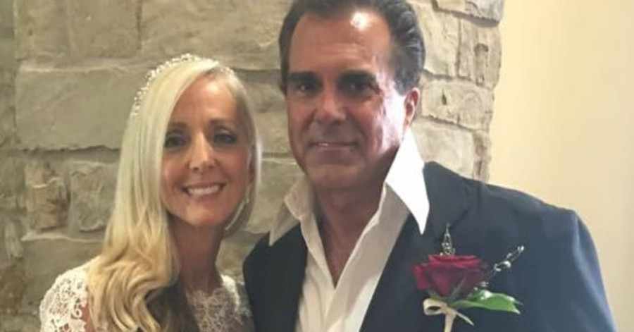 Christian Singer Carman Gets Married in 'Real Miracle Story'