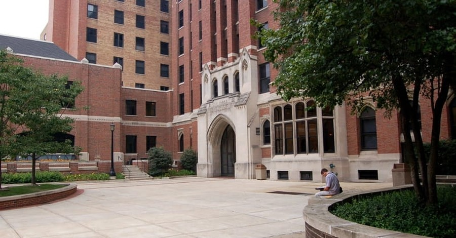 Moody Bible Institute Faces History of Racial Tension and Attempts to Move Forward