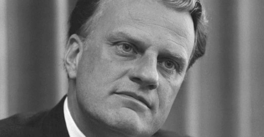 Is Billy Graham's Death Opening Up an Opportunity to Share the Gospel?