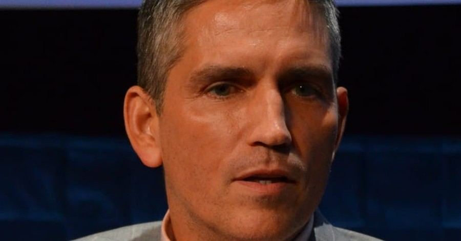 Christian Actor Jim Caviezel Speaks to Liberty University Students: 'You're Here for a Reason'