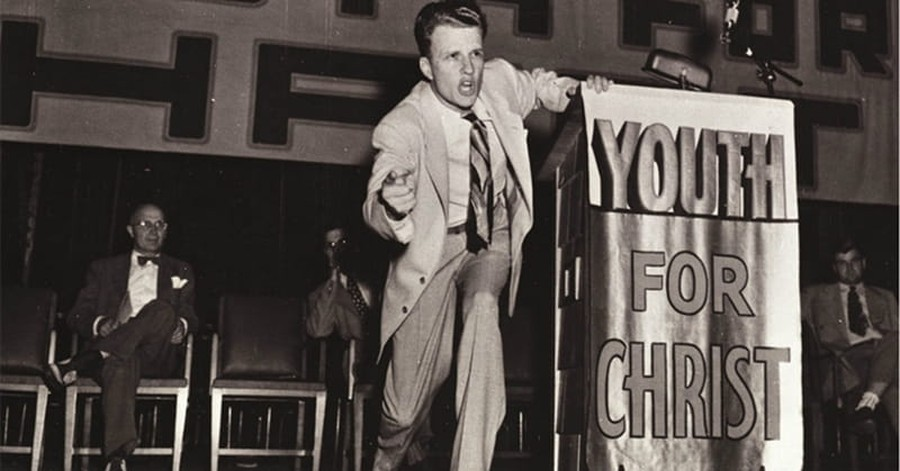 Billy Graham Helped Give White Evangelicals a Pass on Civil Rights