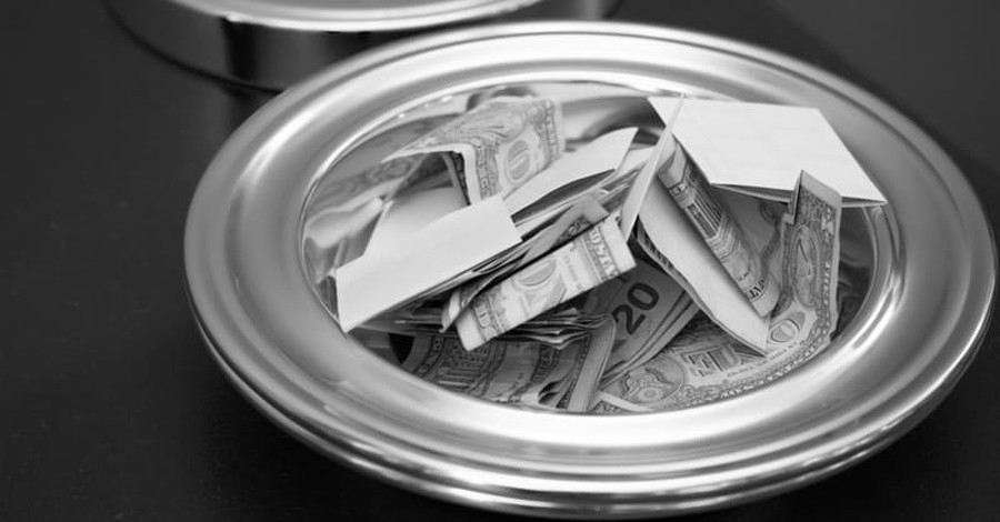 Churchgoers Say Gifts to Charity, Needy Count as Tithing