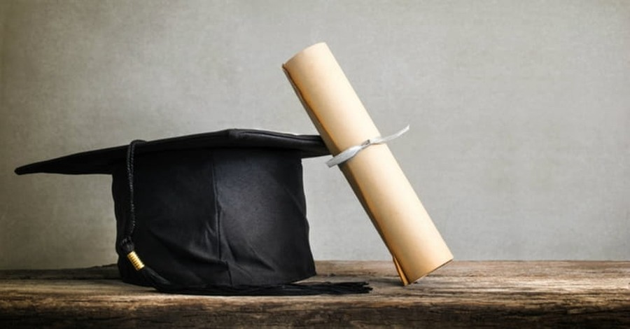 More Seminary Students Leave the Master of Divinity Behind