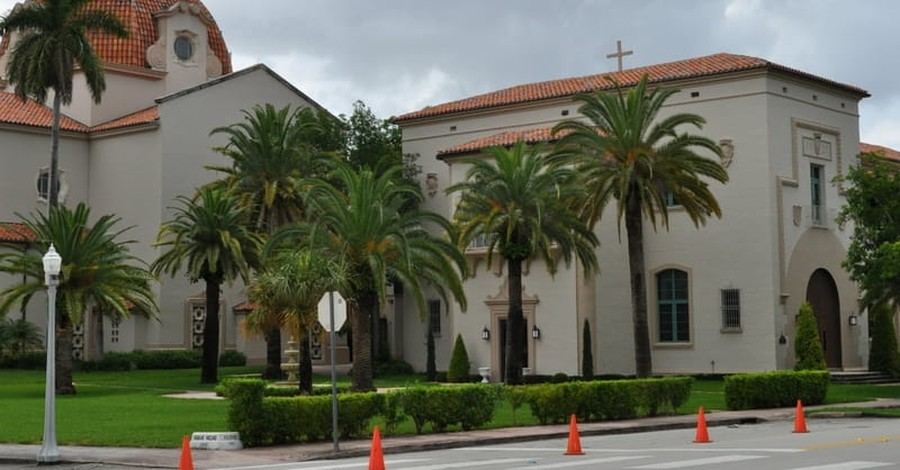 Justices Deny Bid from Dissident South Carolina Churches to Keep Buildings