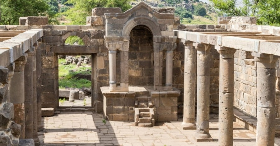 Archeologists Discover Biblical Gate Related to 12 Tribes of Israel