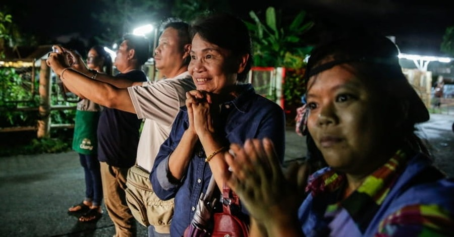 Thailand: All 12 Boys and Their Coach Have Been Rescued from Caves