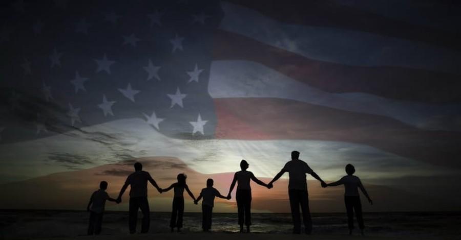 3 Prayer Priorities for America in August 2018